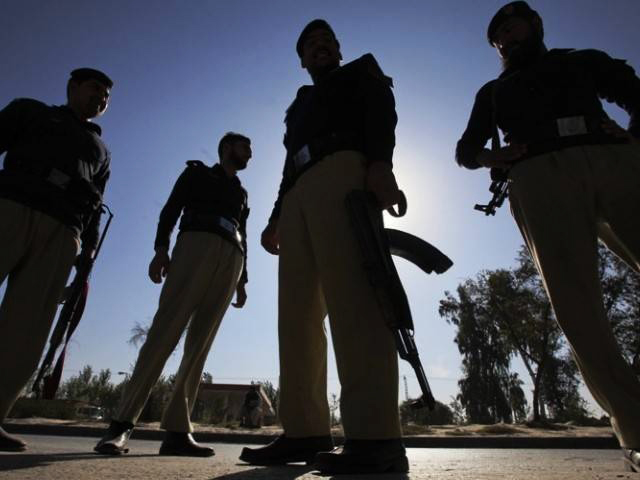 Can police be professional and non-politicised? - Dunya News