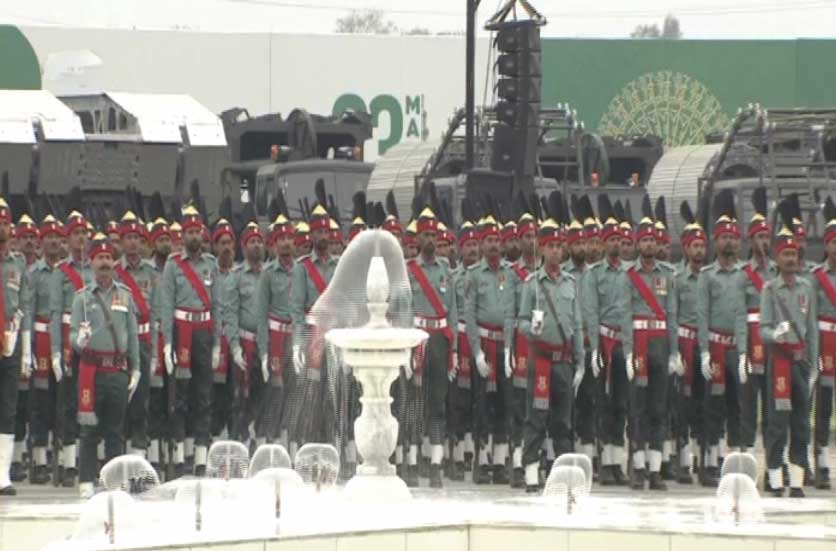23 March 2019 128129 - یوم پاکستان: مسلح افواج کی مشترکہ پریڈ، مہاتیر، صدر، وزیراعظم کی