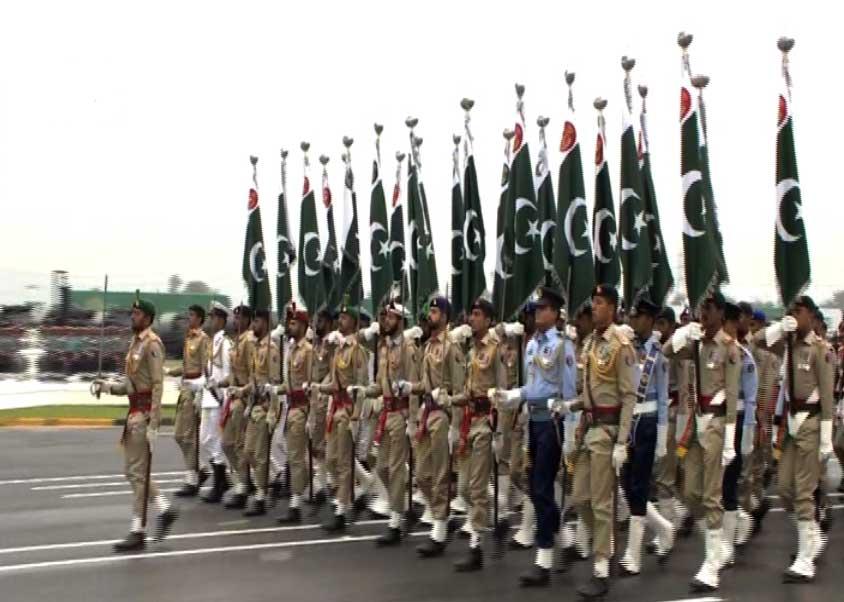 23 March 2019 3 - یوم پاکستان: مسلح افواج کی مشترکہ پریڈ، مہاتیر، صدر، وزیراعظم کی