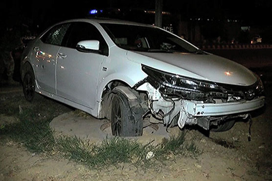 Officers of anti-car lifting cell kill youth in Karachi's Defence area