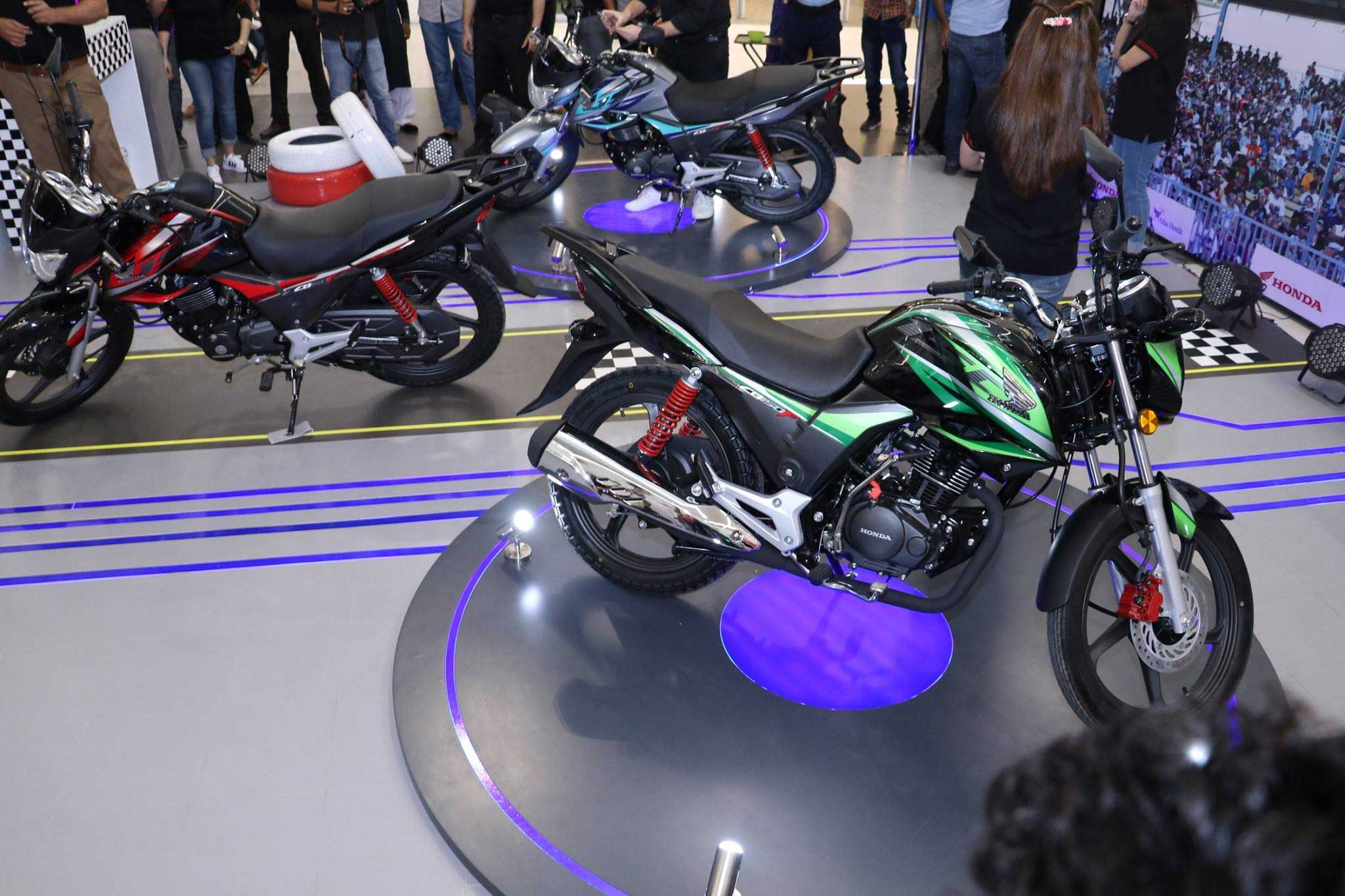 atlas honda launches new 150cc motorcycle in pakistan - business