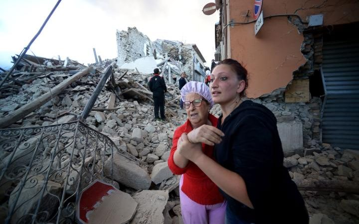 Aftershocks rattle Italy as national mourning begins