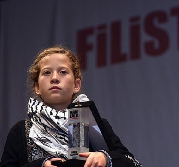 Ahd Tamimi arrested for slapping an Israeli soldier raiding her house