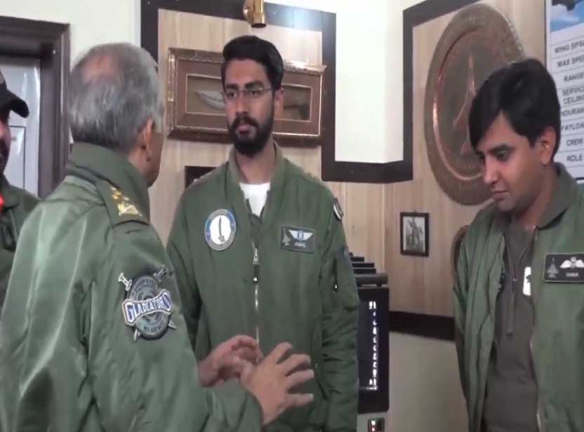 air chief mujhid anwar new 2 - جارحیت کا جواب دینے کیلئے تیار رہنا ہوگا: ایئر چیف مارشل