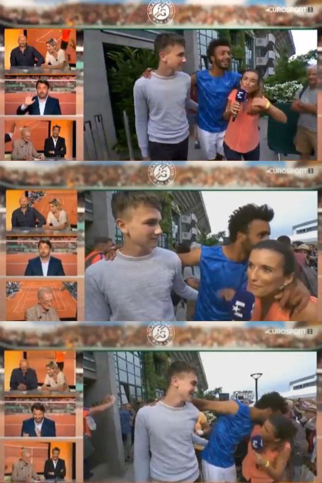 tennis embrasse journaliste
