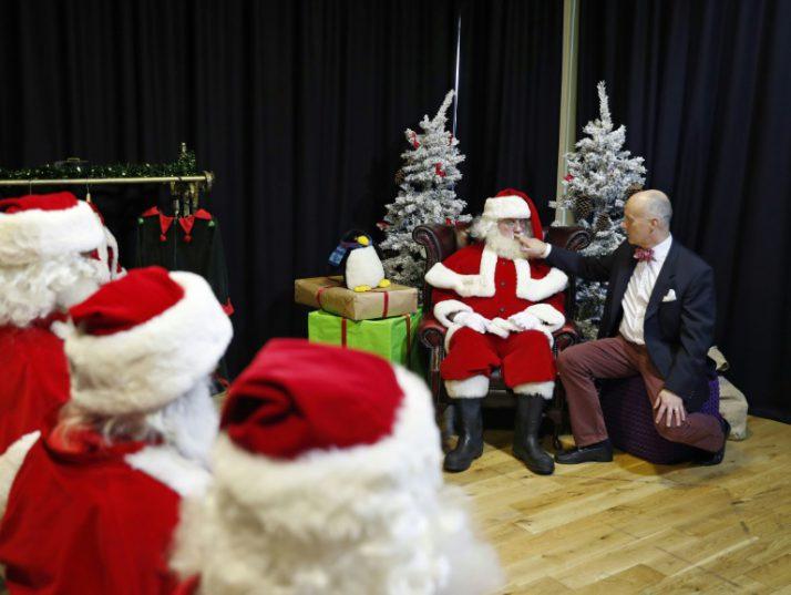 Santa Claus came to town (22 photos)