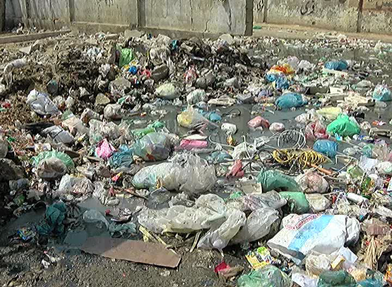 No end to Karachiites' miseries as 100-day cleanliness