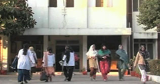 Dunya TV Print: Rawalpindi: NAB leaves girls hostels building