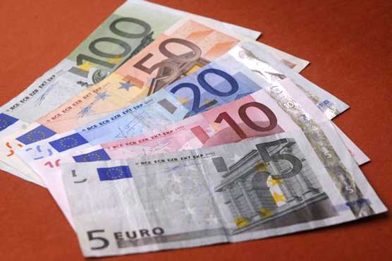 Euro Gains In Asia On Spain Recession Exit