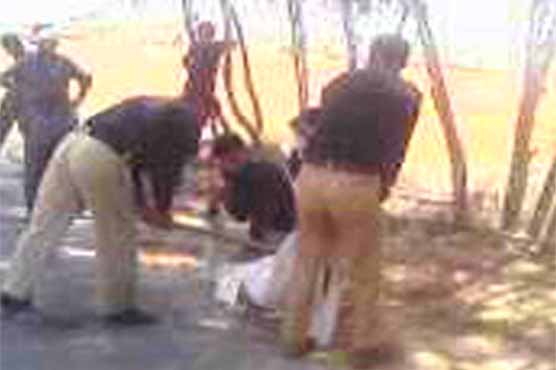 Barbaric torture by Layyah police on local farmer | Pakistan