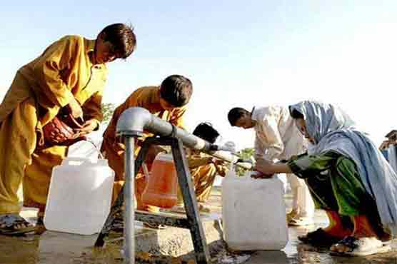 Karachi: Local govt fails to supply free water despite tall claims