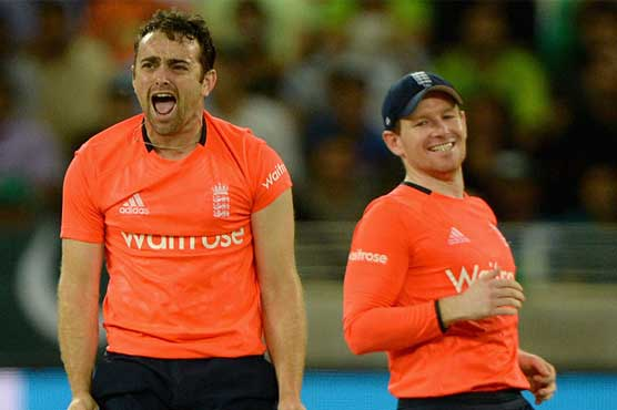 England beat Pakistan by 14 runs in 1st T20, lead series 1-0