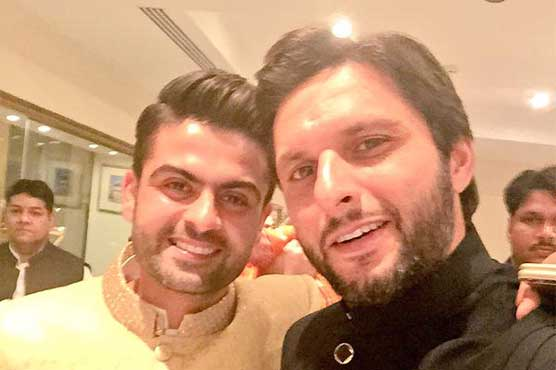 Shehzad wedding: Afridi welcomes Ahmed Shehzad as latter opens new innings