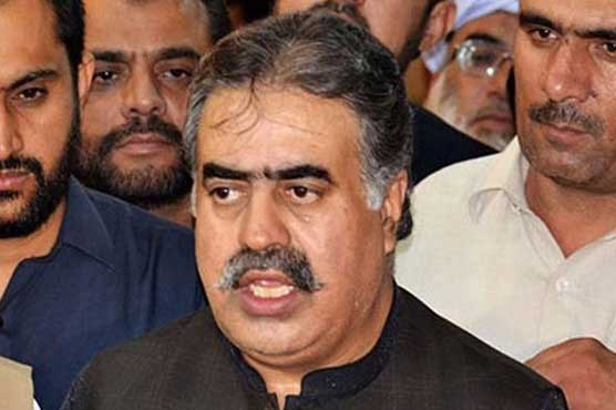CM Balochistan offers job to martyred cameraman's wife, brother