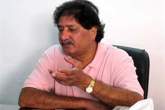 Afridi should stick to decision of leaving international cricket: Sarfraz