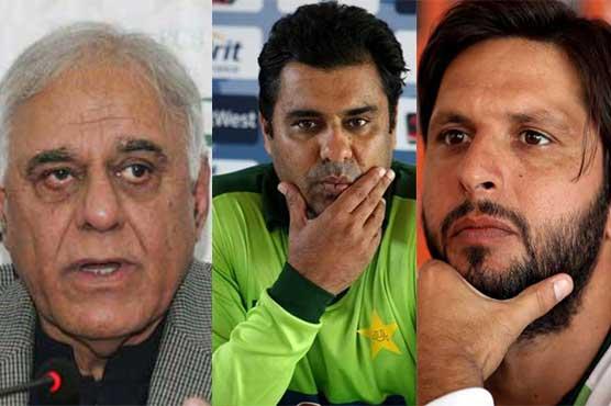 PCB decides to suspend chief selector, head coach, captain