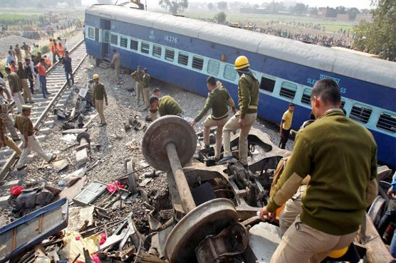 India derailment death toll continues to rise