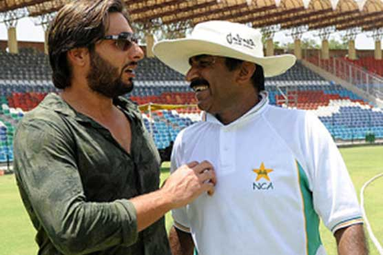 I have forgiven Afridi over 'hurtful' statements, says Miandad