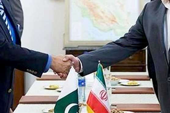 Iran, Pakistan Sign Agreement on Banking and Payment Arrangement