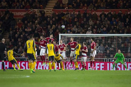 Football: Sanchez, Ozil strike to end Arsenal away woes