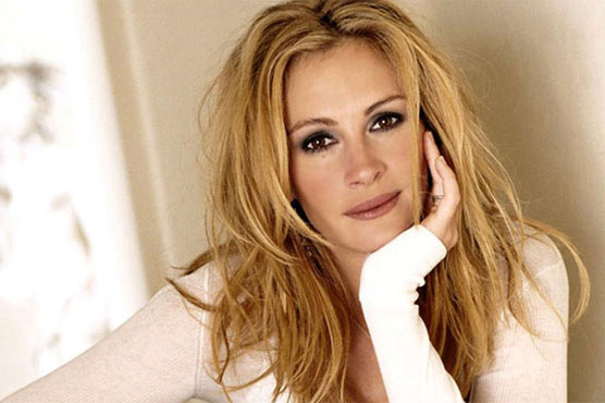 Julia Roberts named People's 'most beautiful' for record fifth time