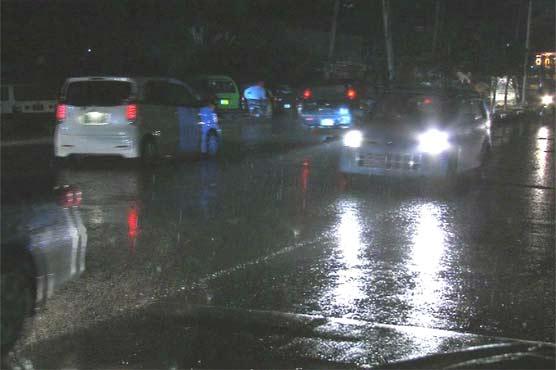 Lahore: Light rain turns weather pleasant