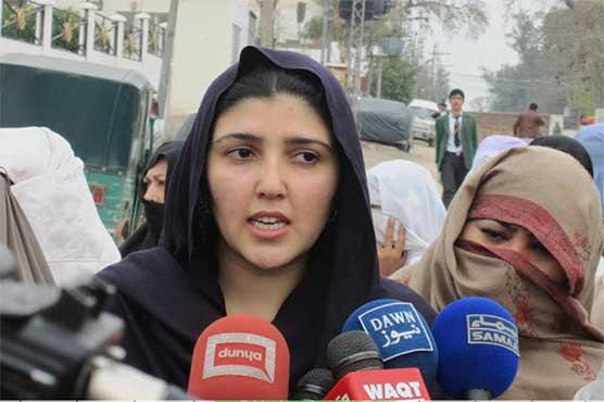Ayesha Gulalai used and bought by PML-N: Imran khan