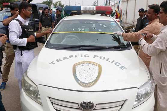 DSP Traffic, constable shot dead in Karachi