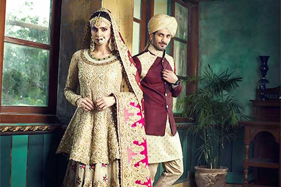 20ccfcd5de Saba's latest bridal shoot for Indian magazine leaves fans dumbfounded