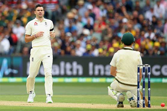 England win toss, bowl in second Ashes Test