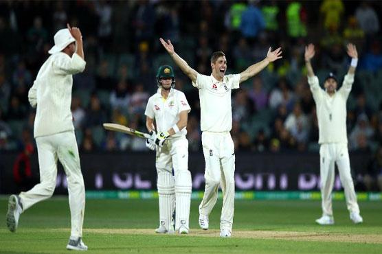 England hit back as Australia build 268-run lead
