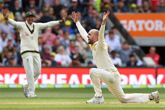 Cook, Stoneman depart as England strike early trouble