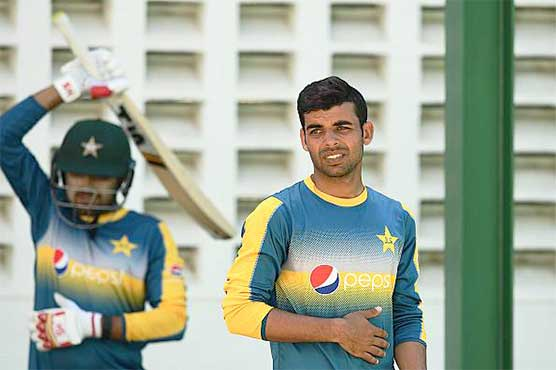 Shadab Khan suffers groin injury ahead of NZ tour