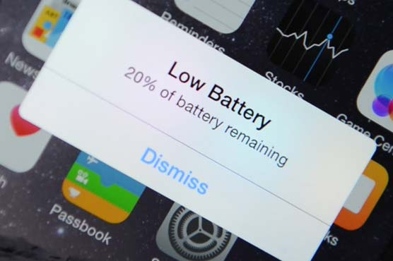 Apple issues apology to customers over slowing performance of ageing iPhones