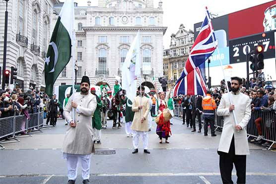 Pakistani group receives huge applause at London New Year's Day Parade