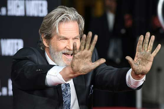 Jeff Bridges cements place in Hollywood