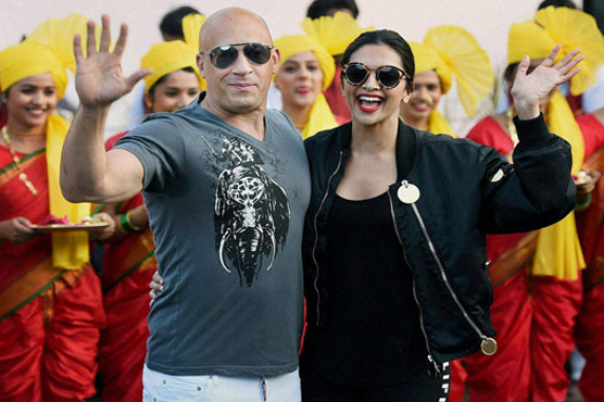 Vin Diesel lands in India, gets grand traditional welcome
