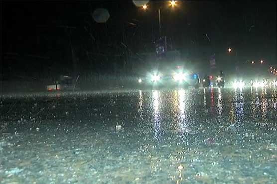 Rain in parts of Karachi turns weather pleasant