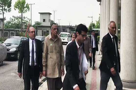 SC orders registration of criminal case against SECP Chairman Zafar Hijazi