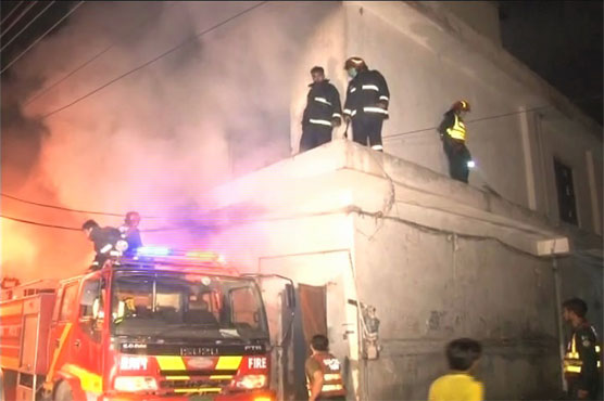 Blaze gutted pampers, chemical godown in Lahore