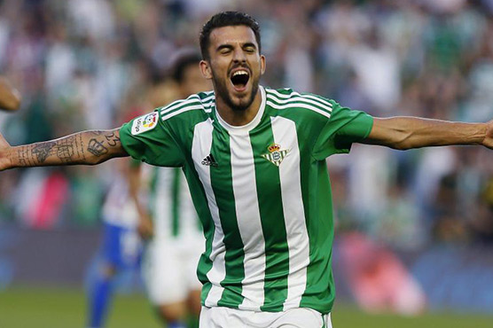 Real look to future with Ceballos singing