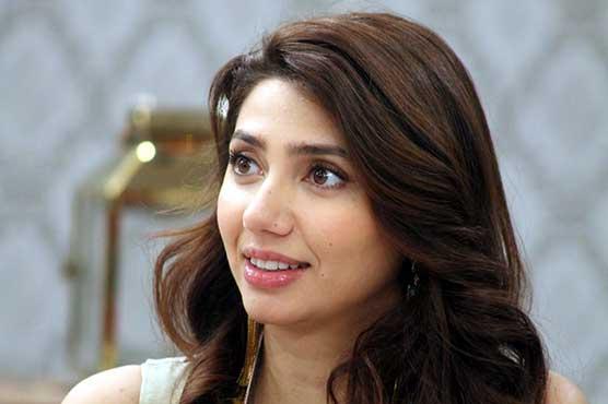 Not jealous of appreciation that Saba Qamar is getting: Mahira Khan
