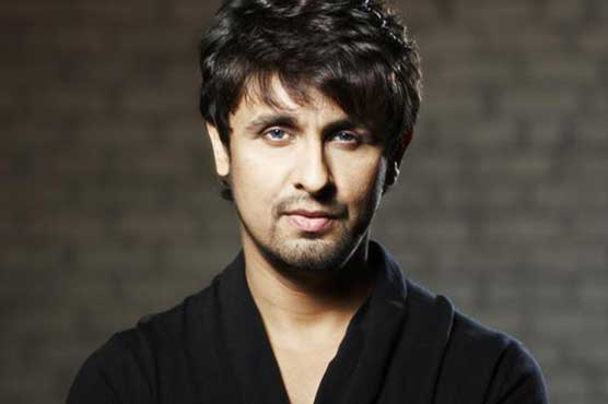 Reward for bravery: Sonu Nigam gives Rs5 lac to Muslim driver