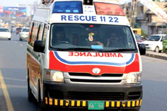 Lahore: Youth killed as motorcycle hits garbage drum