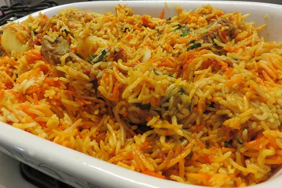 Five arrested for attempted forgery in biryani quality