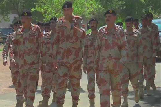 Karachi: DG Rangers visits different areas to review security situation