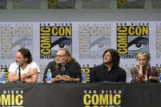 'Walking Dead' sets stage for war... and an elderly Rick