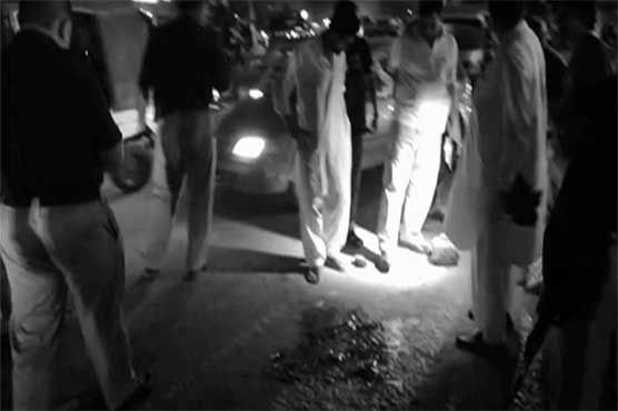 Karachi: Traffic policeman martyred, another injured in gun attack""