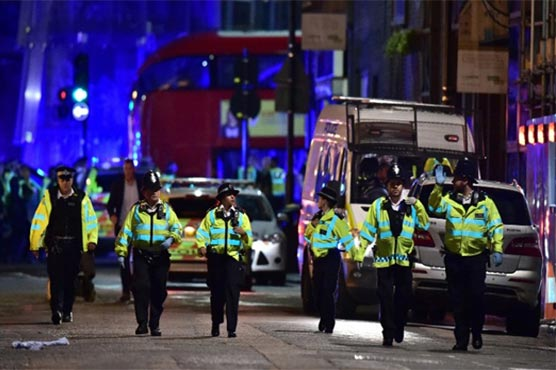 Seven killed as assailants plow van into crowd on London Bridge, stab others