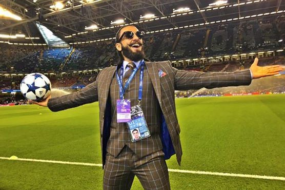 Four times Ranveer channelled his soccer fanaticism